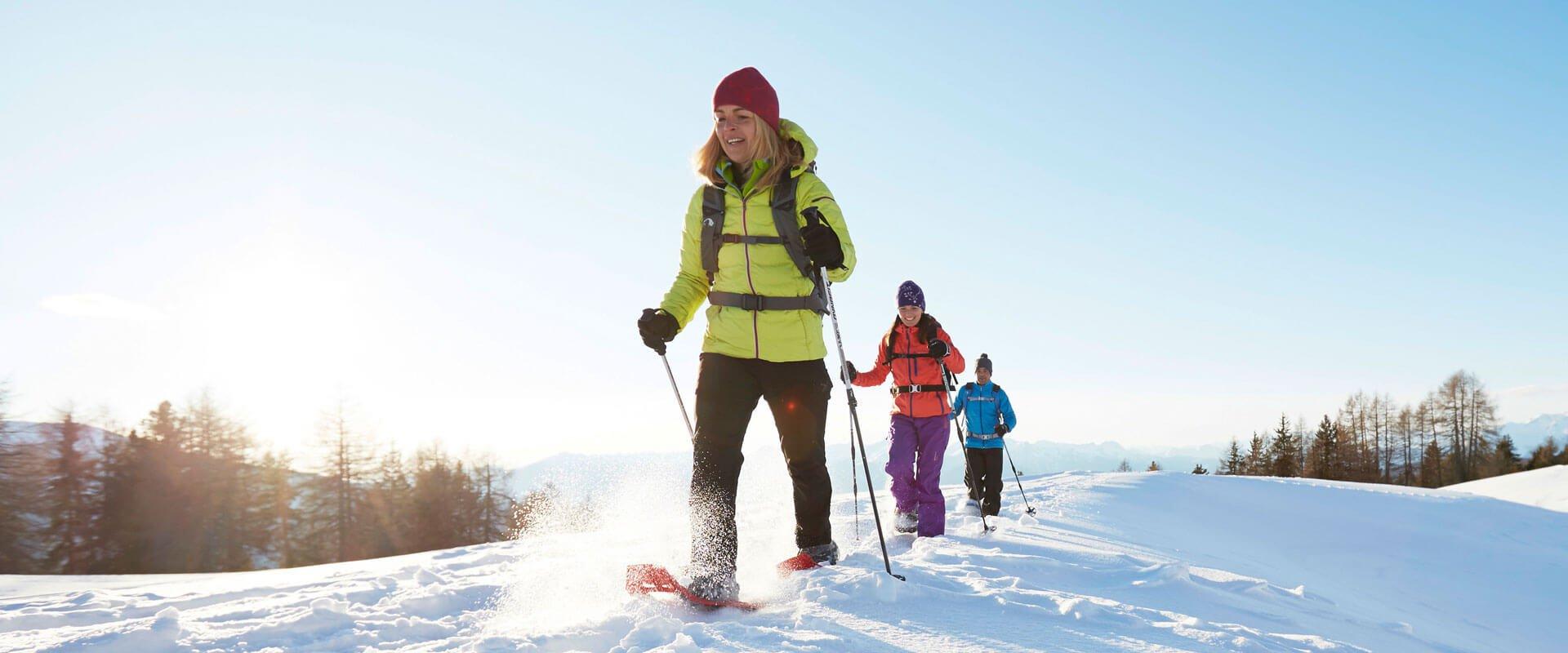 schneeschuhwandern-kreuzwiese-winter-luesen